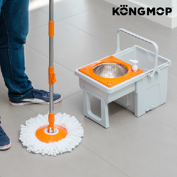 Kong Mop Easy roterende moppe med glidende spand
