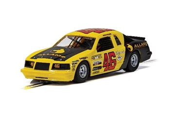 Scalextric Ford Thunderbird - Yellow & Black No.46